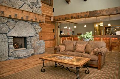 resize_three-bear-lodge-lobby