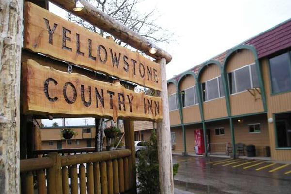 Yellowstone Country Inn